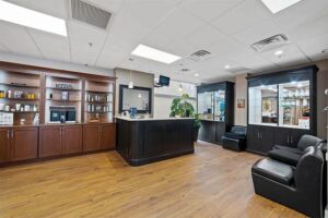 Wynnewood-House-Interior-Commercial-Space-Salon-rental