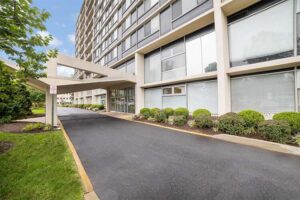Wynnewood-House-exterior-apartments-drive-up-drop-lobby-rental-commercial-space
